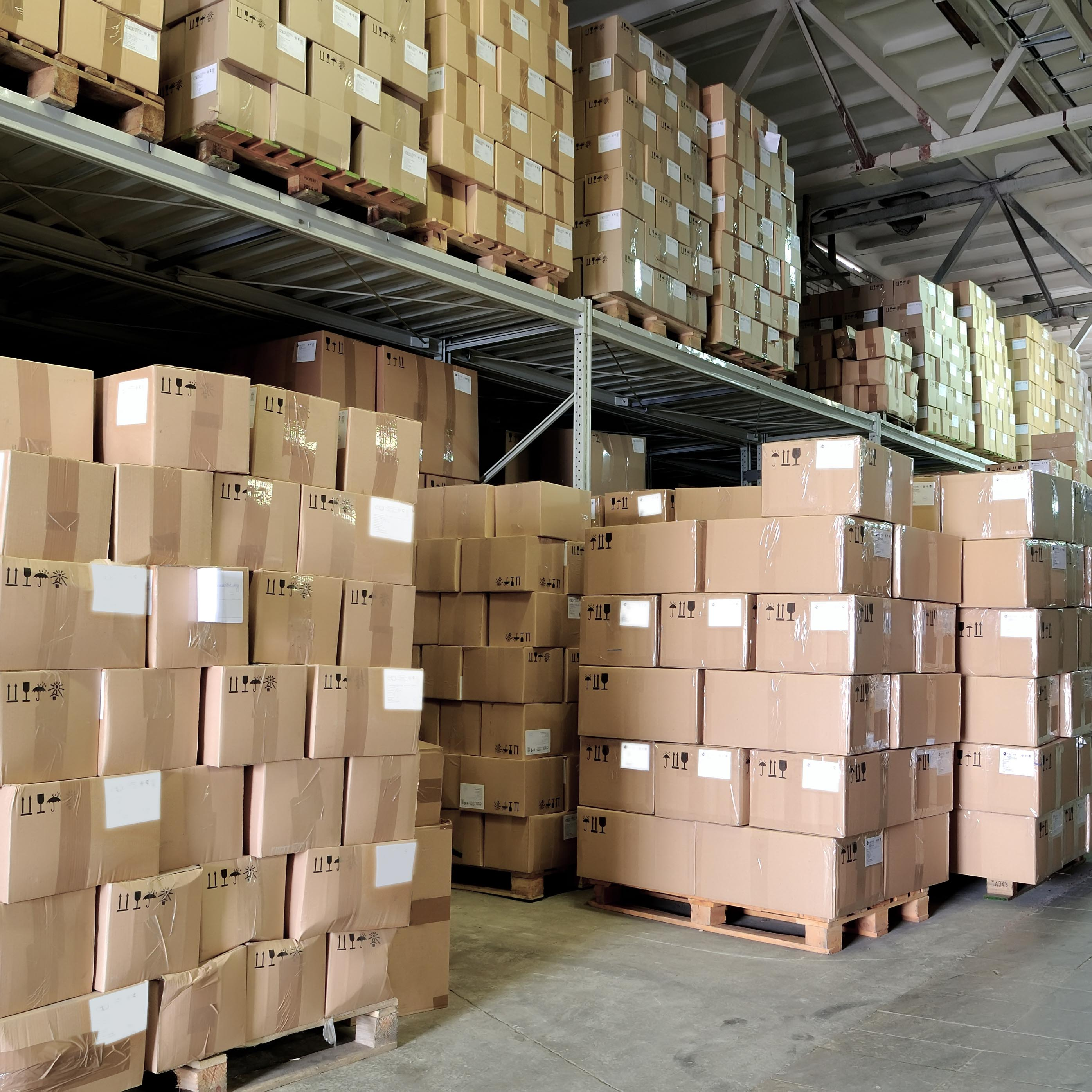 carton boxes in warehouse (perspective view)